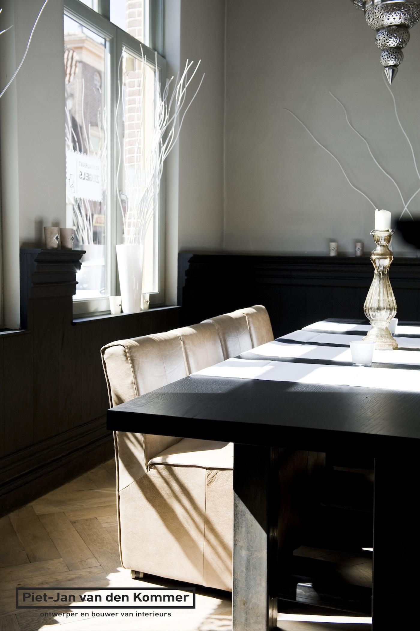 Design Stoelen Alkmaar.Grand Hotel Alkmaar Tafel En Stoelen Noordervaart 127